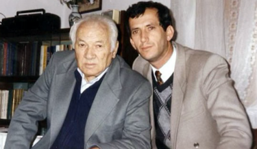 Gli intellettuali Lazer e il figlio Josef Radi.