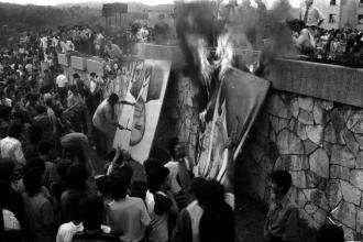 Protesta dei studenti a Tirana, 1991.