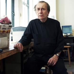 Vito Acconci.