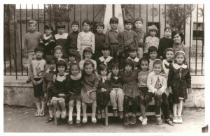 Scuola elementare di Durazzo Marie Kaçulini, Anita Likmeta e i suoi compagni della terza elementare.