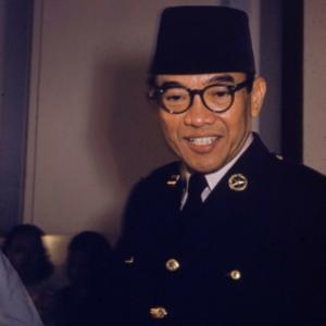 Kusno Sosrodihardjo, detto Sukarno (Surabaya, 6 giugno 1901 – Giacarta, 21 giugno 1970), è stato un politico indonesiano, primo Presidente dell'Indonesia.